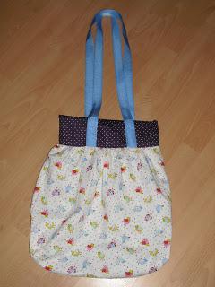 Frauen brauchen Taschen!