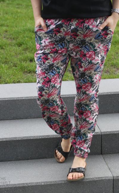 Blumenhöschen – Frau Jule